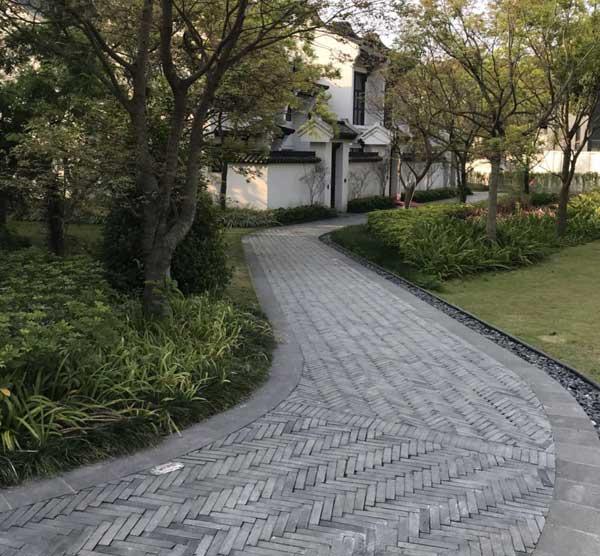 仿古青砖厂家讲述墙体青砖和铺地青砖的质量区别